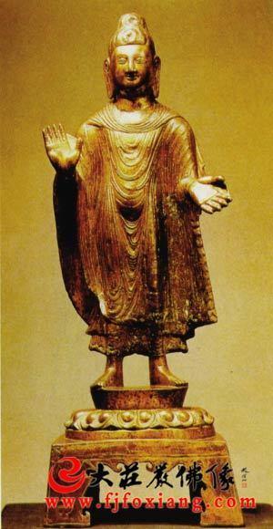 北魏太平真君四年(443年)佛立像
