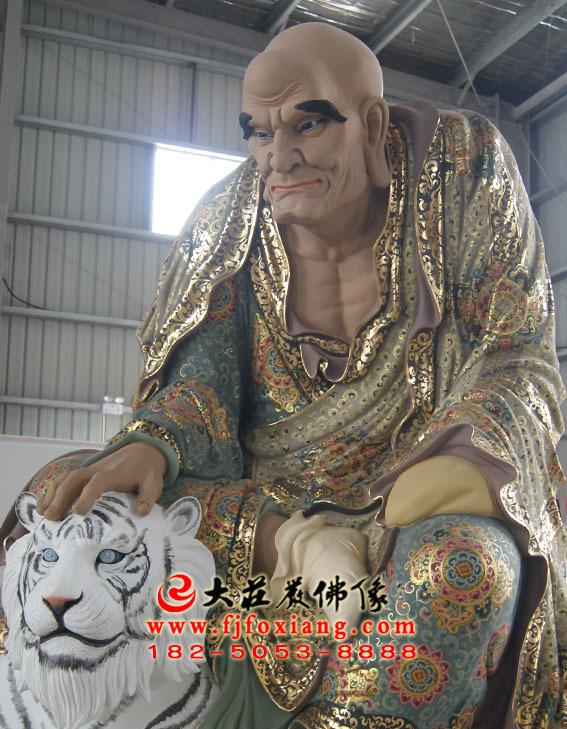 彩绘描金弥勒尊者塑像