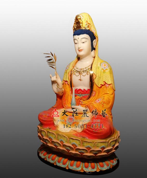 铜雕观世音菩萨侧面彩绘佛像