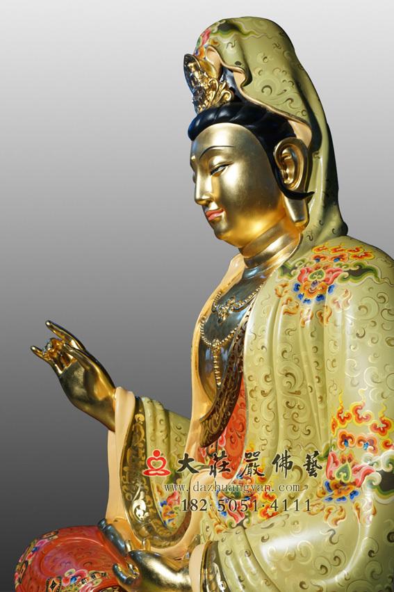 铜雕彩绘贴金观世音菩萨侧面近照