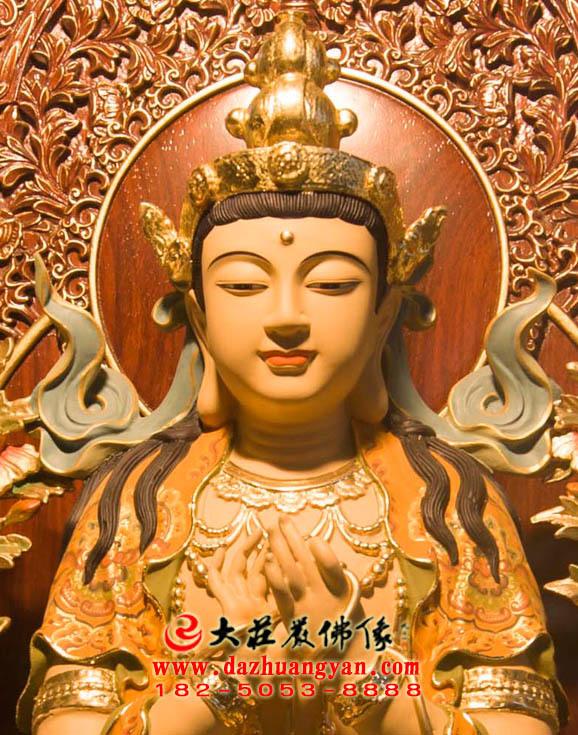 天宫弥勒铜雕彩绘佛像特写