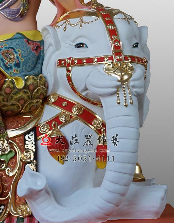 六牙白象彩绘塑像