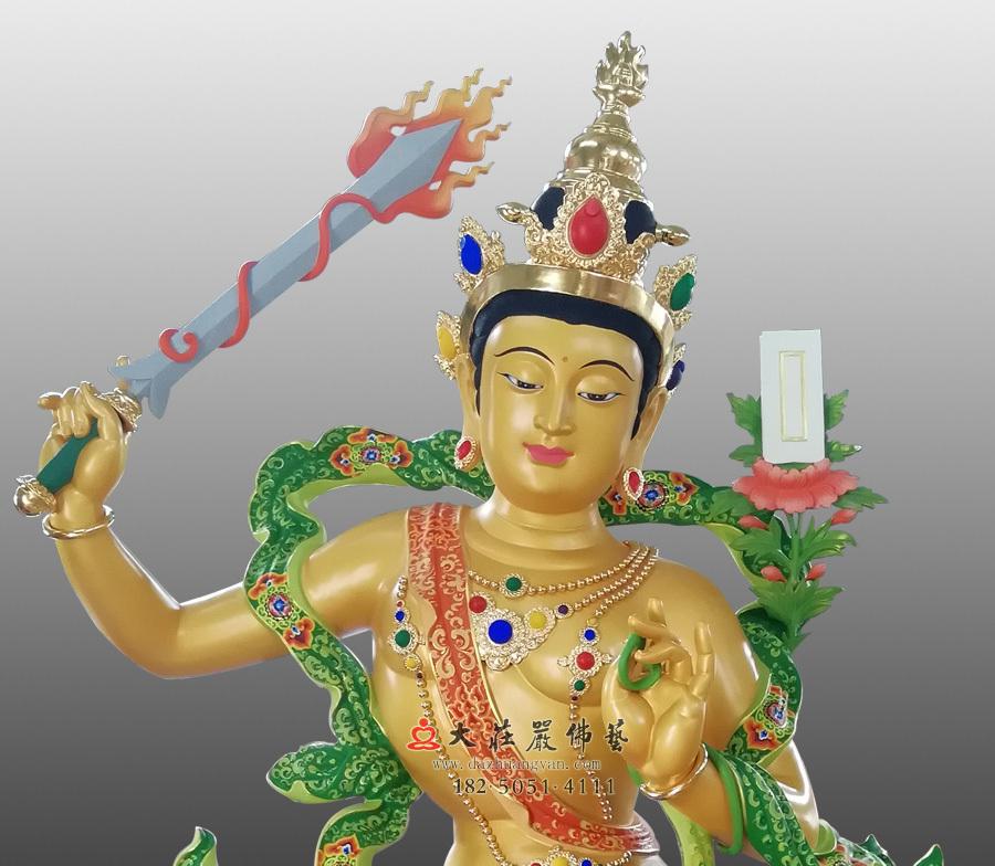 铜雕文殊菩萨正面近照彩绘像