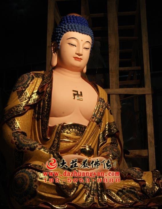 彩绘描金生漆脱胎娑婆三圣之释迦牟尼佛塑像侧面照