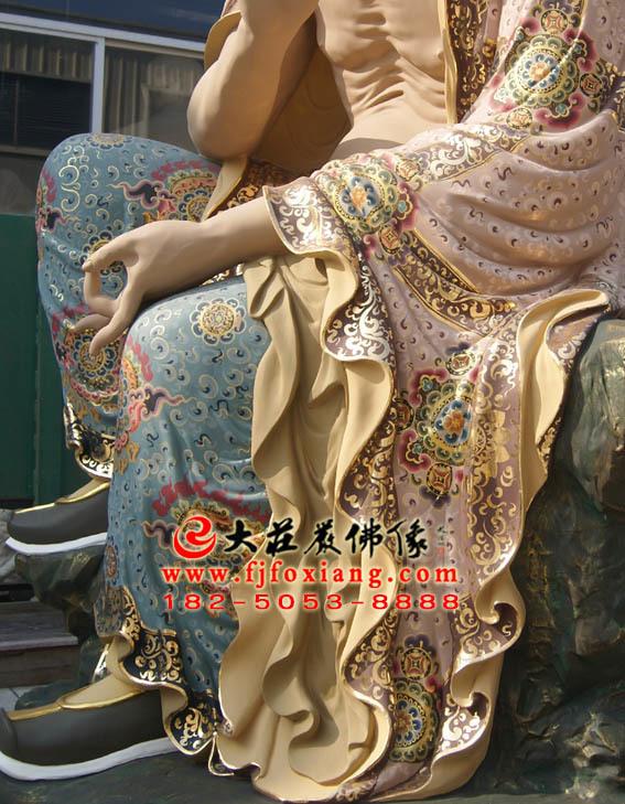 彩绘描金苏频陀尊者塑像