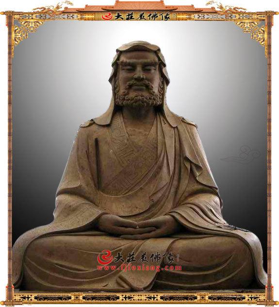 达摩祖师泥塑像