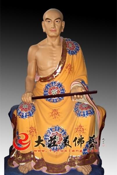 十八罗汉之优婆离彩绘塑像
