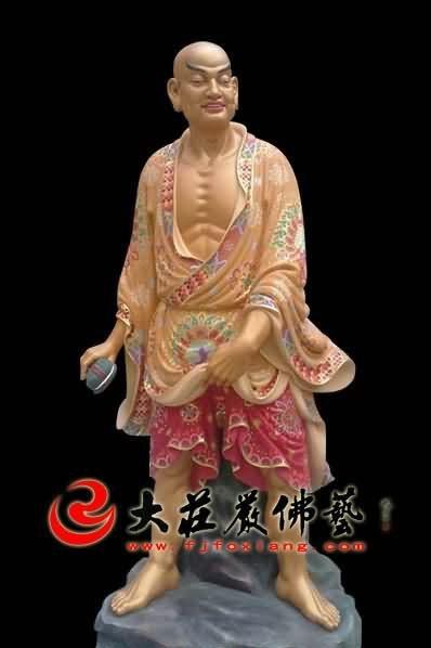 十八罗汉之过江罗汉彩绘塑像