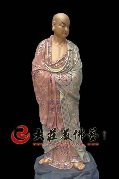 十八罗汉之静坐罗汉彩绘塑像