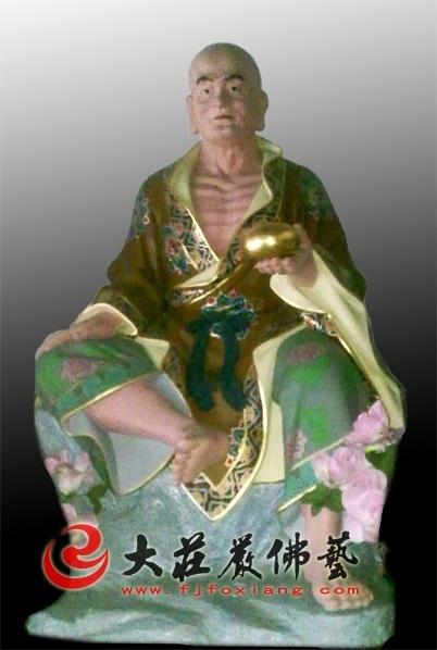 苏频陀尊者彩绘塑像
