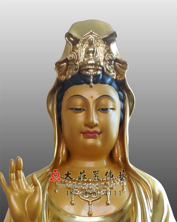 铜雕观世音菩萨正面近照贴金佛像