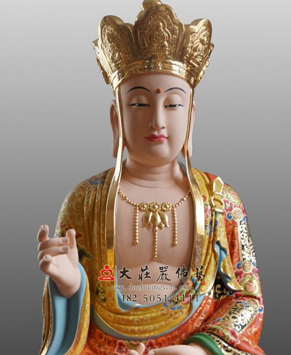 铜雕地藏菩萨近照彩绘佛像