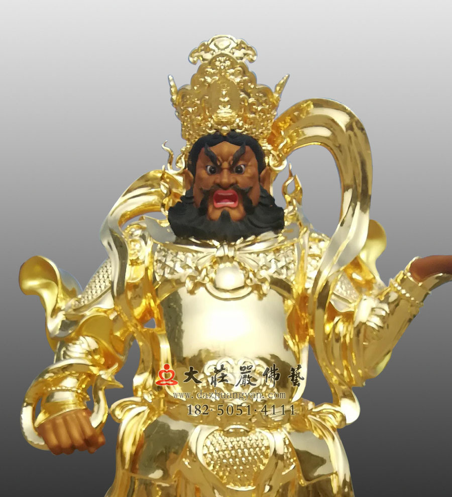 铜雕贴金四大天王之广目天王正面近照