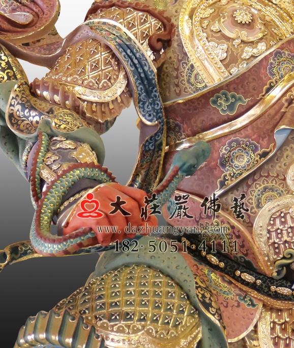 铜雕四大天王之广目天王手缠蛇
