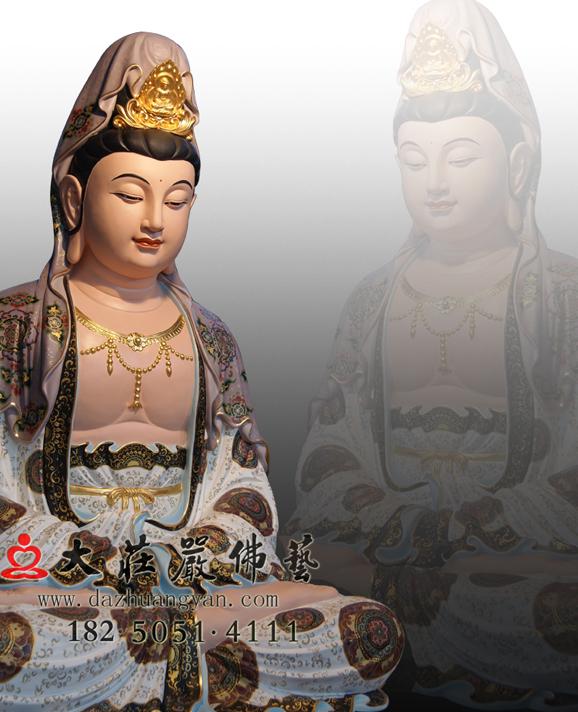 观音菩萨侧面彩绘佛像