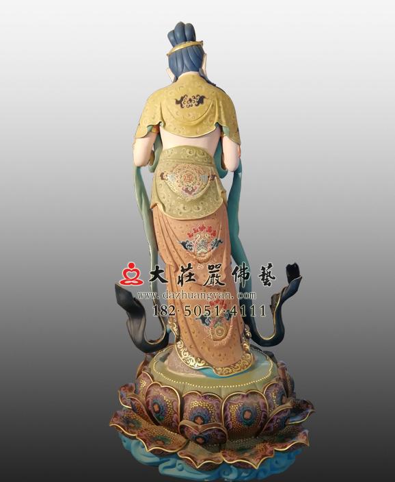 八大菩萨之金刚手菩萨彩绘塑像背部特写