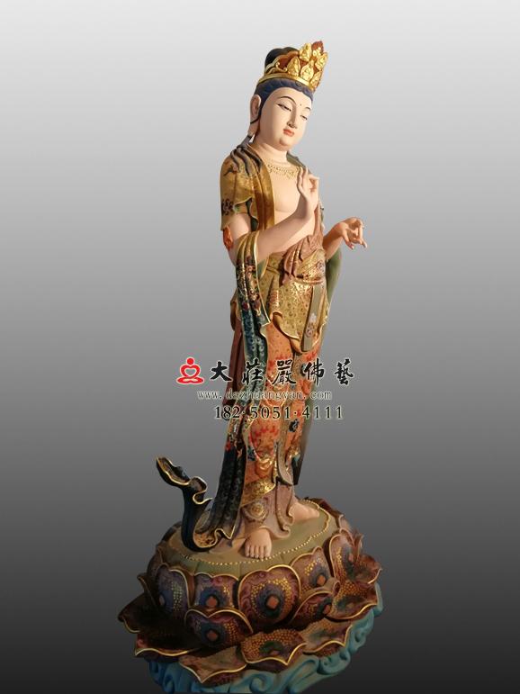 八大菩萨之金刚手菩萨彩绘塑像左侧照