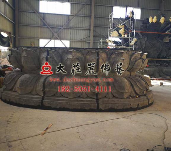 山东10.8米脱胎千手观音佛像生产试安装现场